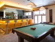 Ramat_Lodge_Upstairs_Bar_PoolTable